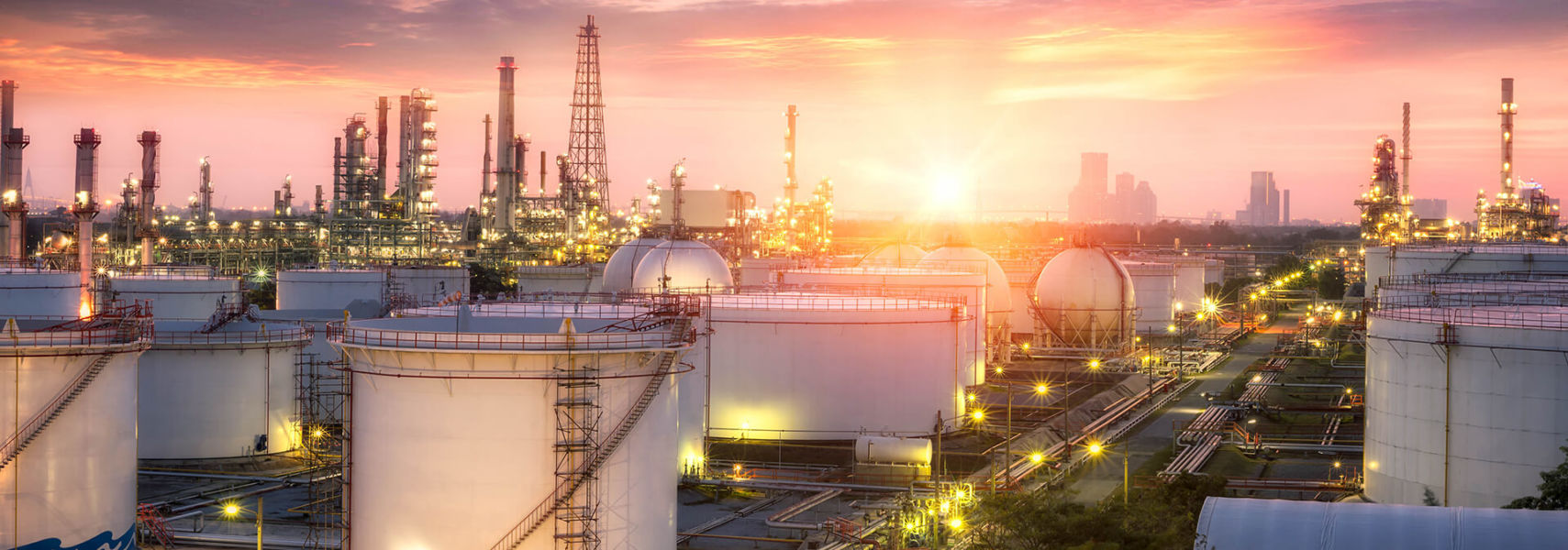 Refining & Petrochemical Header Image